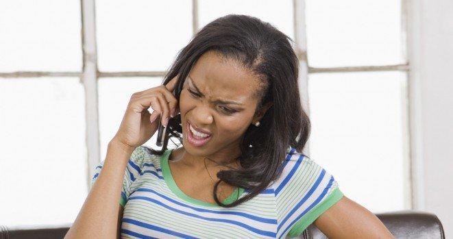 black-woman-on-phone1-661x349